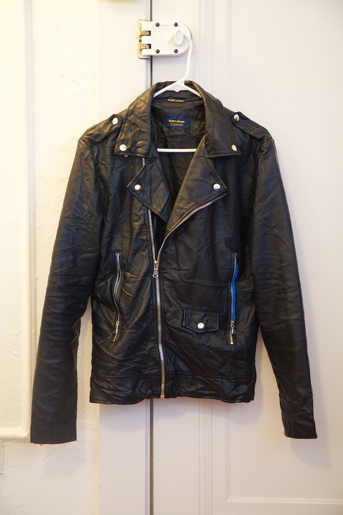 Light black leather jacket – Modern fashion jacket photo blog